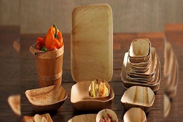 Areca leaf plates, trays and bowls